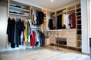http://canadianhometrends.com/organizing-your-home-organizing-your-life/