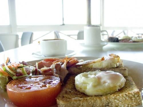 breakfast-1509541-638x480