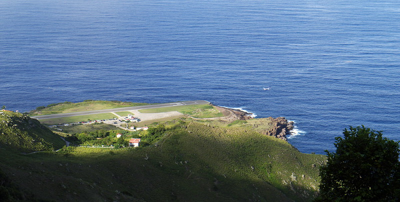 Juancho E. Yrausquin Airport in the Island of Saba