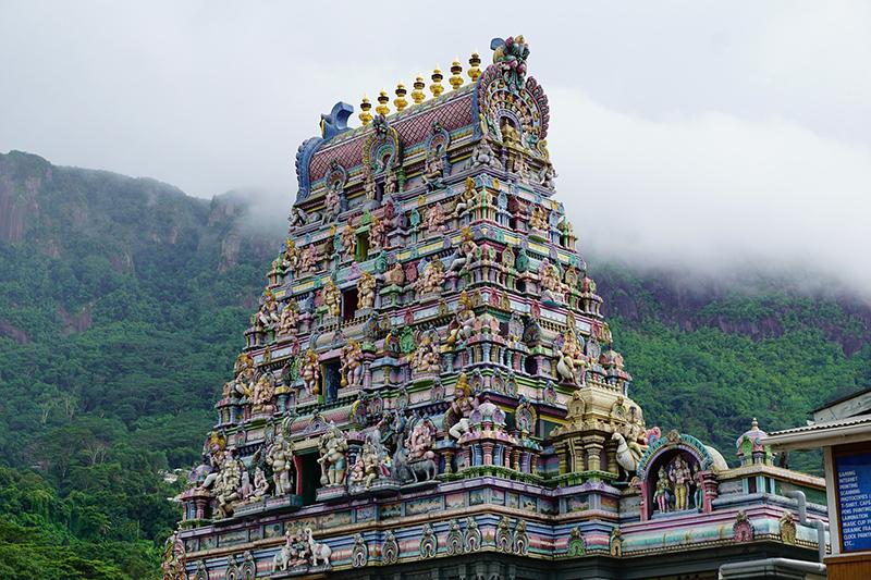 Visiting Tempio Hindu