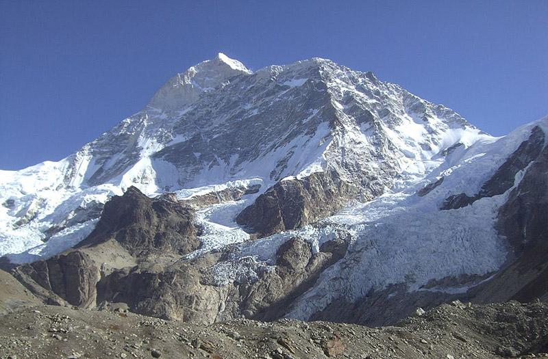 Mount Makalu- The Himalayan Pyramid