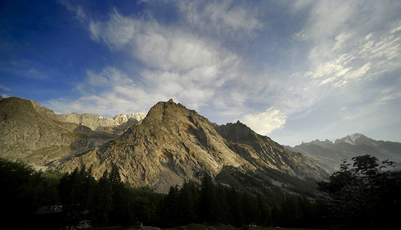 Tour De Mont Blanc, Italy