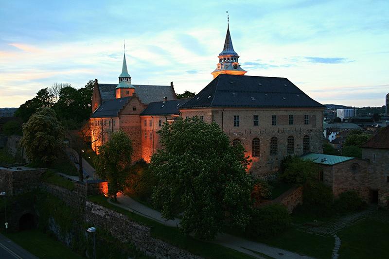 Tour Akershus Castle